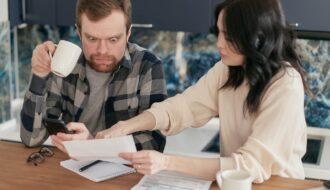 Por que todo casal precisa ter um encontro financeiro
